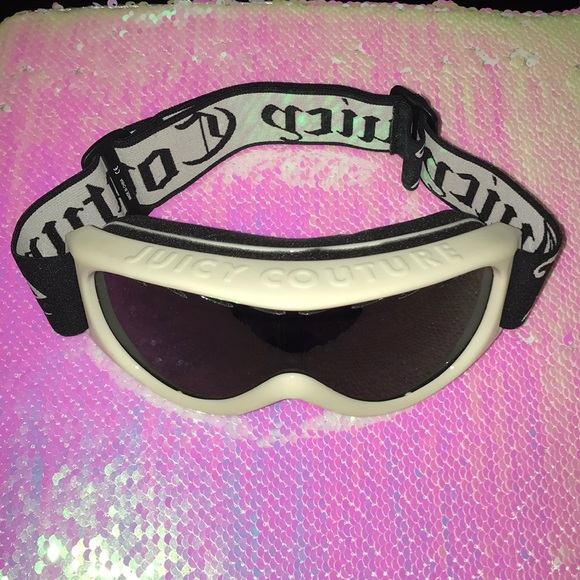 f457064e5123 Juicy Couture Accessories - NWOT Juicy Couture Ski Snowboard Goggles!